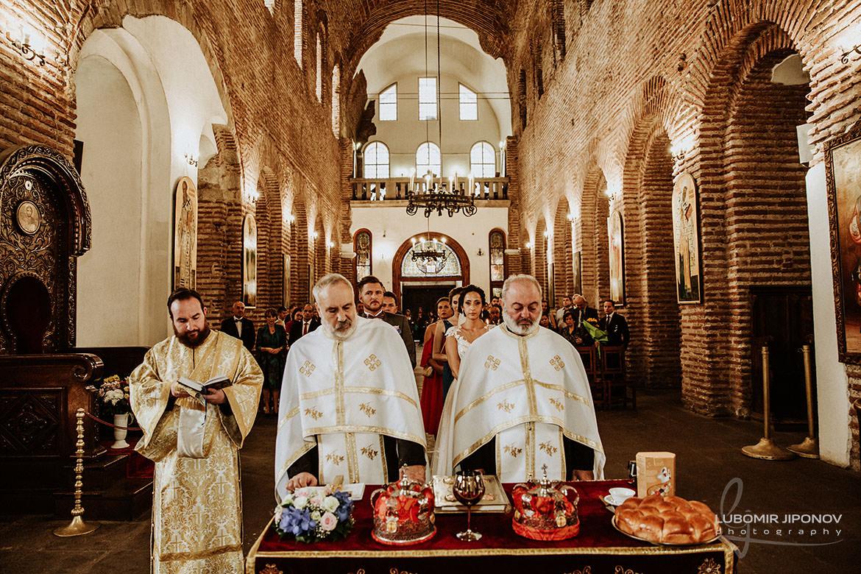 сватбен фотограф църква света софия