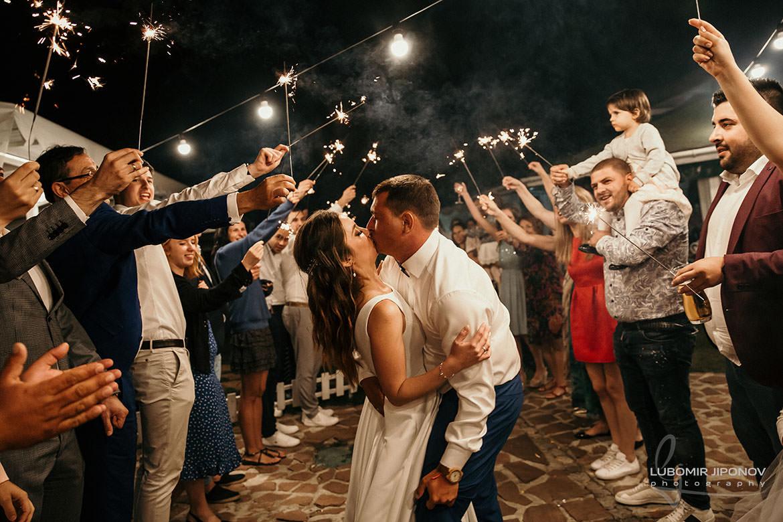 Фотограф за сватба София в бохемски стил
