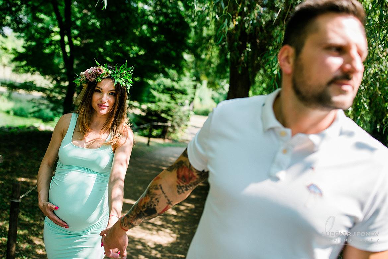 фотограф за бременна фотосесия в софия