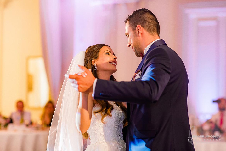 първи сватбен танц на сватбата в царско село софия
