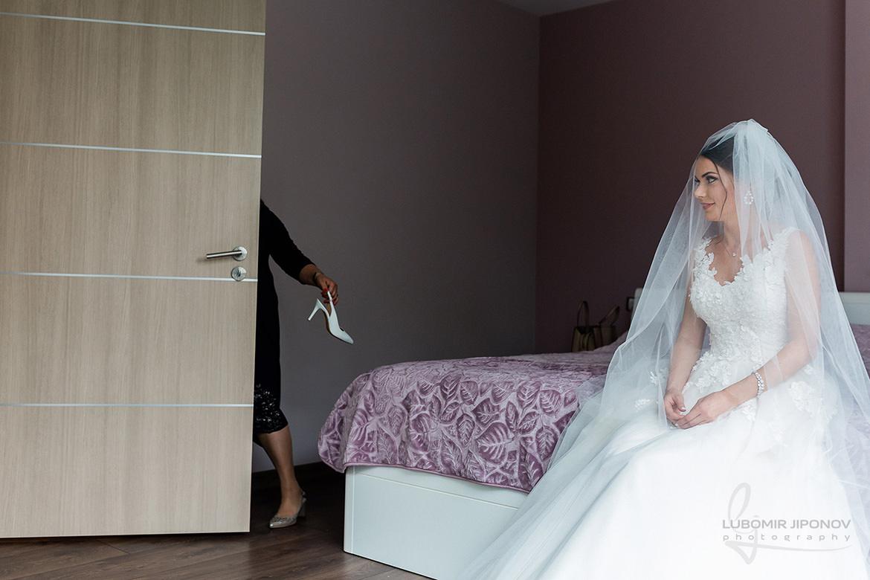 подготовка на булката за сватба в царско село в софия